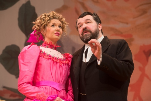 Dani Heron as Rosaura and Steve McNicoll as Pancrazio