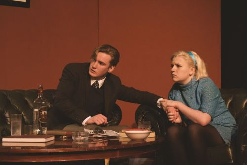 Stephen MacLeod as Nick and Jodie Mitchell as Honey.