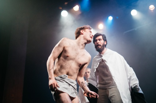 MacLeod Stephen as Poor Tom (Edgar) & Will Fairhead as Lear. Photos: Louise Spence.