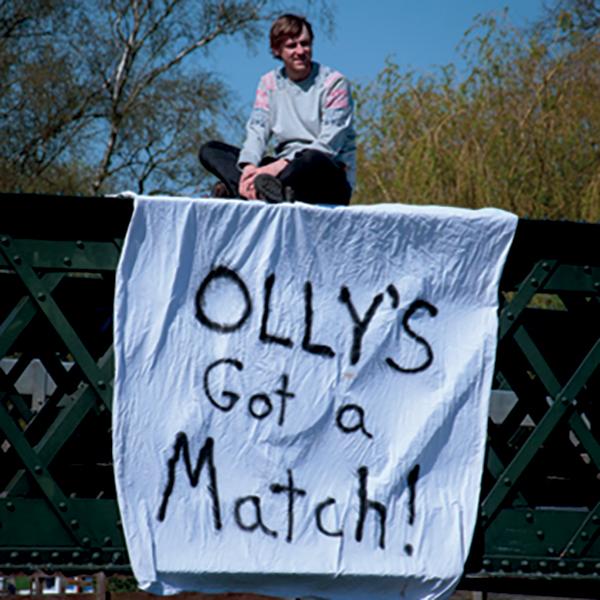 12-35-1-ollys_got_a_match-show-168